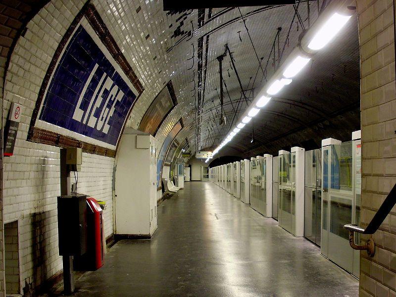 France frankrijk paris parijs rue de liège et station de